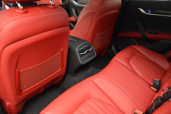 Used 2017 Maserati Ghibli S Q4 for sale $51,900 at Aston Martin of Greenwich in Greenwich CT 06830 17