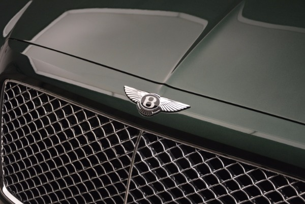 New 2017 Bentley Bentayga for sale Sold at Aston Martin of Greenwich in Greenwich CT 06830 18