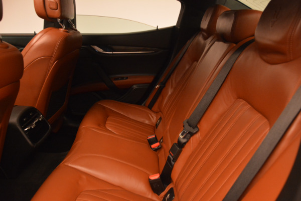 Used 2014 Maserati Ghibli S Q4 for sale Sold at Aston Martin of Greenwich in Greenwich CT 06830 18