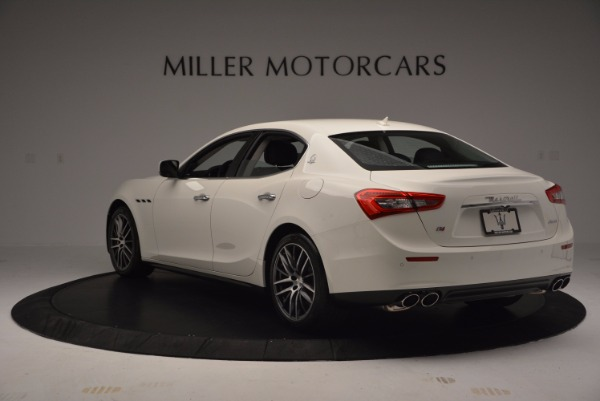 Used 2017 Maserati Ghibli S Q4 for sale Sold at Aston Martin of Greenwich in Greenwich CT 06830 6