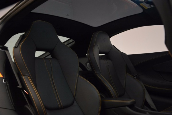 Used 2017 McLaren 570GT Coupe for sale $145,900 at Aston Martin of Greenwich in Greenwich CT 06830 19