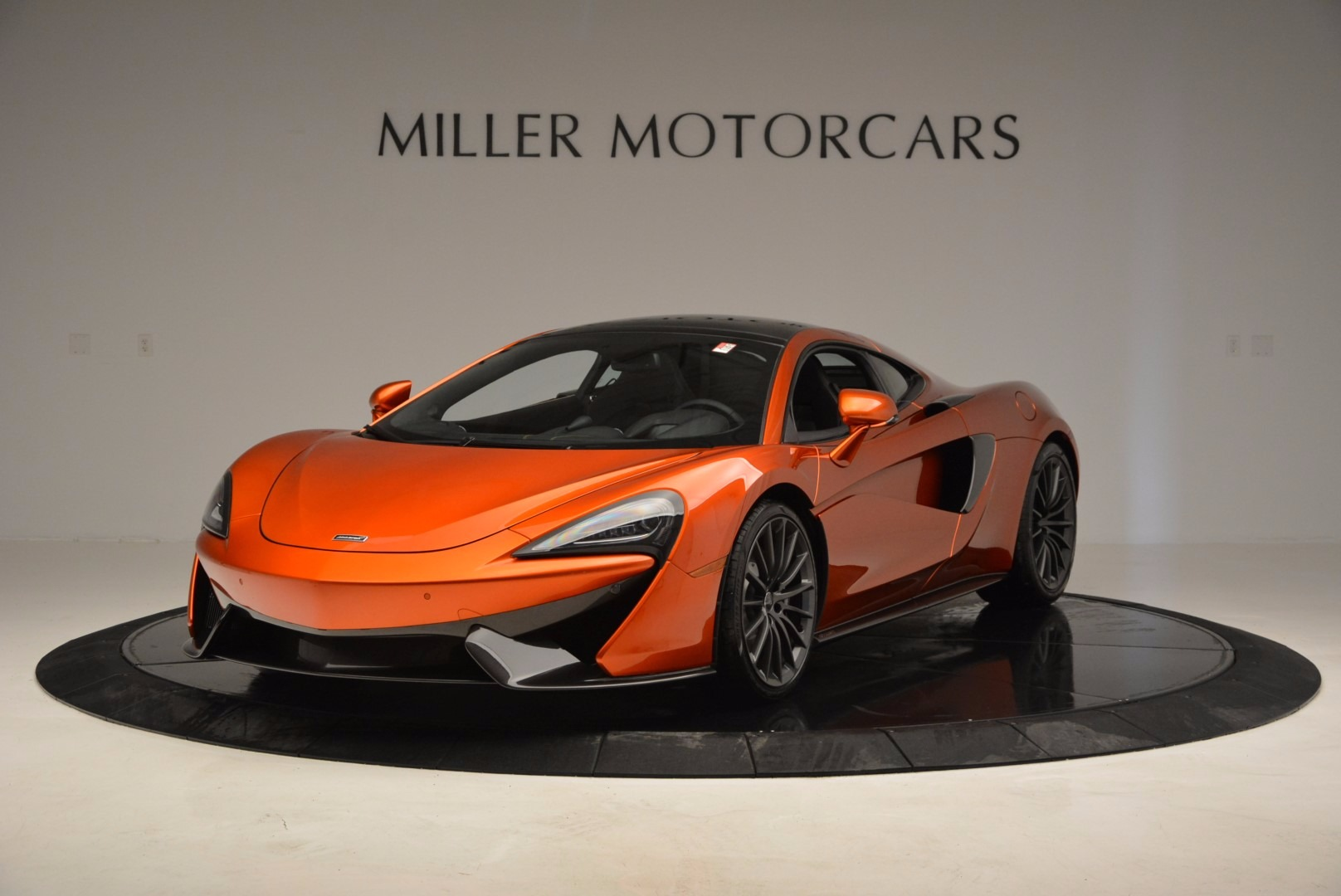 Used 2017 McLaren 570GT Coupe for sale $145,900 at Aston Martin of Greenwich in Greenwich CT 06830 1