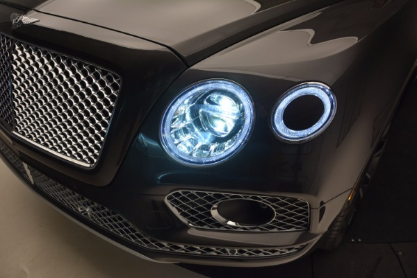 New 2017 Bentley Bentayga for sale Sold at Aston Martin of Greenwich in Greenwich CT 06830 20