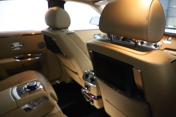 Used 2014 Rolls-Royce Ghost V-Spec for sale Call for price at Aston Martin of Greenwich in Greenwich CT 06830 16