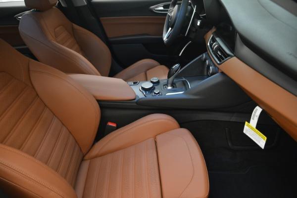 New 2018 Alfa Romeo Giulia Ti Sport Q4 for sale Sold at Aston Martin of Greenwich in Greenwich CT 06830 20