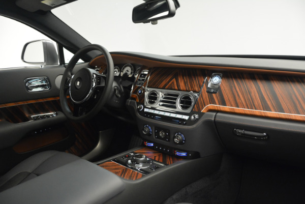 Used 2015 Rolls-Royce Wraith for sale Sold at Aston Martin of Greenwich in Greenwich CT 06830 27