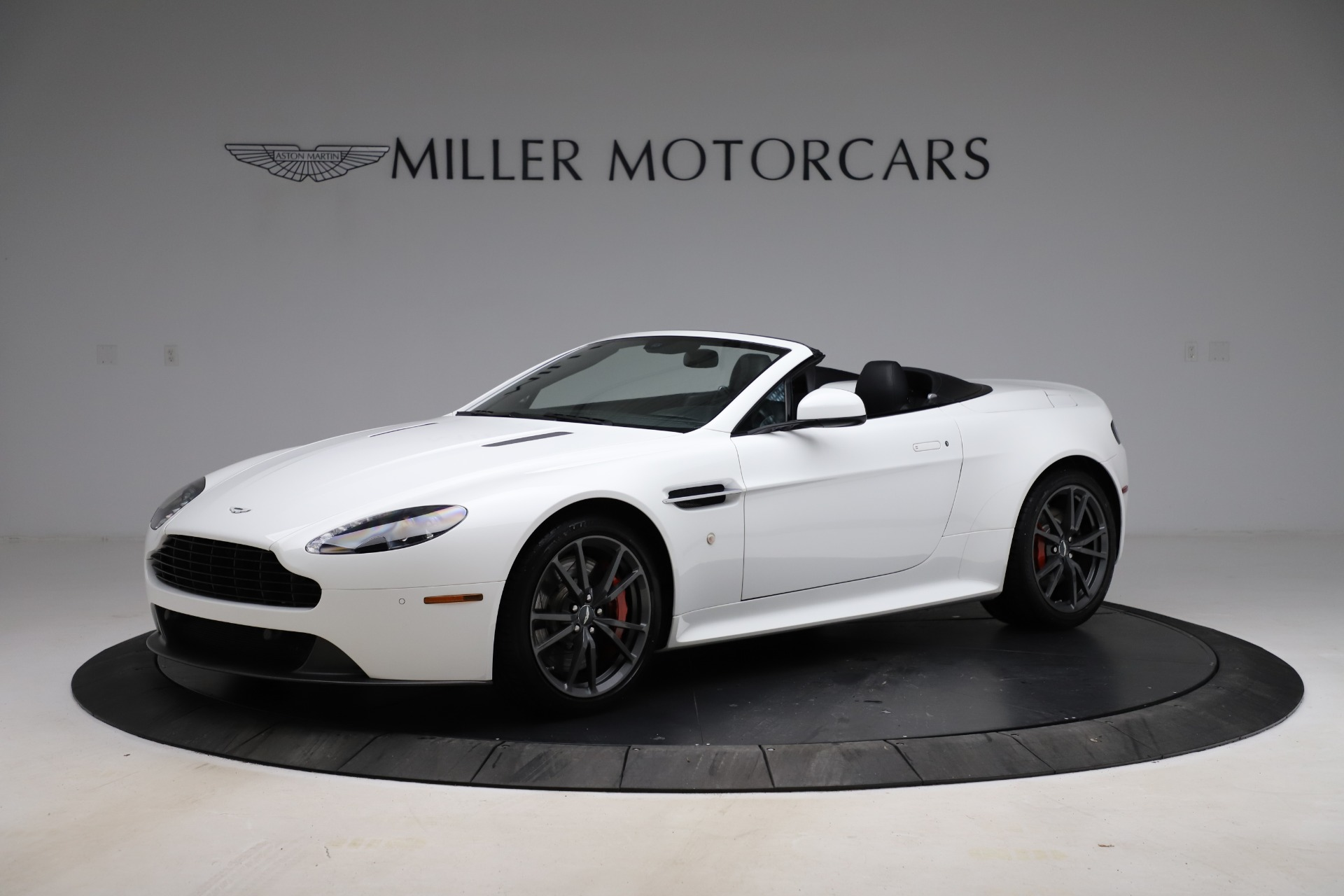New 2015 Aston Martin Vantage GT GT Roadster for sale Sold at Aston Martin of Greenwich in Greenwich CT 06830 1