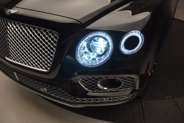 New 2017 Bentley Bentayga for sale Sold at Aston Martin of Greenwich in Greenwich CT 06830 17