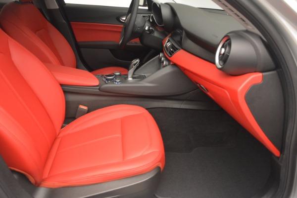 New 2017 Alfa Romeo Giulia Q4 for sale Sold at Aston Martin of Greenwich in Greenwich CT 06830 23